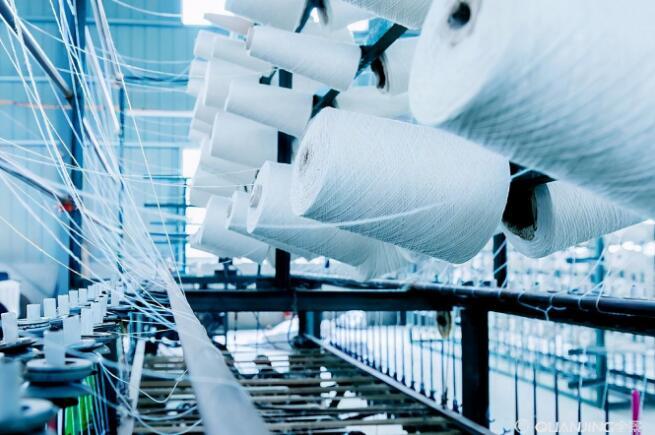 原料大起大落,纺企备受煎熬:举步维艰的日子还要多久?