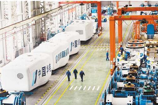"""重庆制造业:""""龙头""""舞起来,产业链活起来,围绕优势产业补链成群的号角已经吹响"""