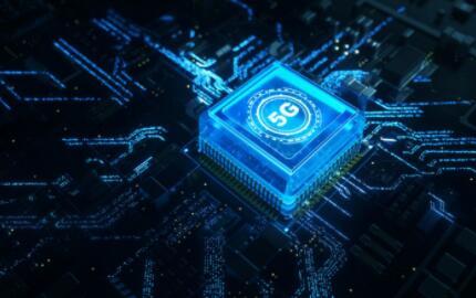 "5G""加不动""工业?""5G+工业互联网""融合创新项目已超1100个"