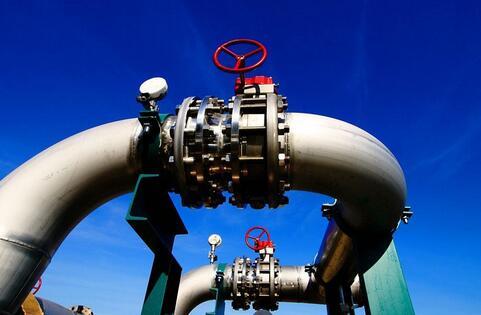 随着全球绿色能源转型明显提速,澳洲天然气行业面临着内外夹击的困境