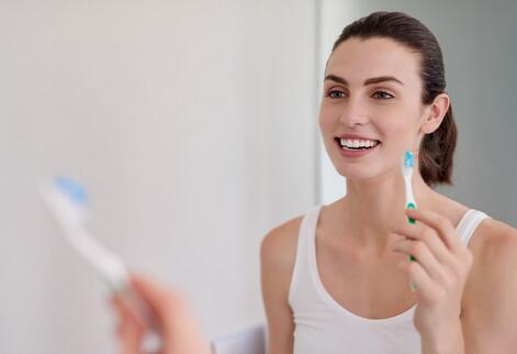 年轻人的牙齿保卫战:口腔消费升级,为口腔消费上千元