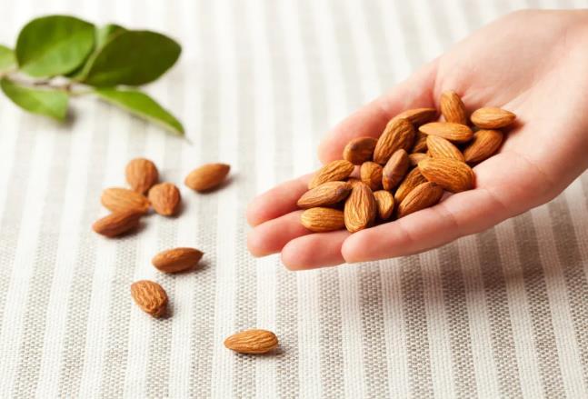 千亿植物基市场,巴旦木能超越燕麦成为下一个明星原料