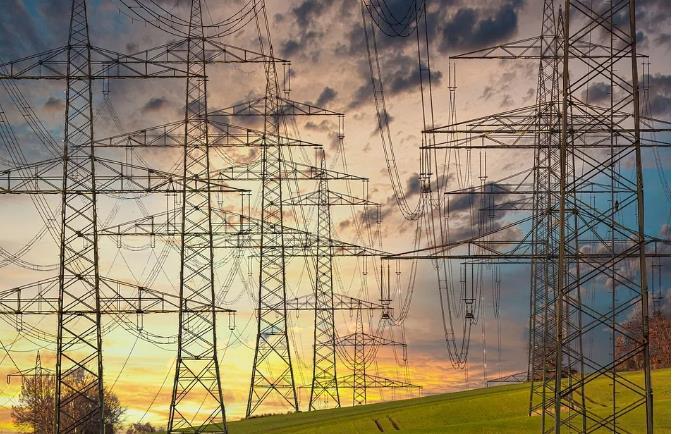 """新能源占比越高,电网转型越难?用户侧""""光伏+储能""""能否减轻电网运行压力"""