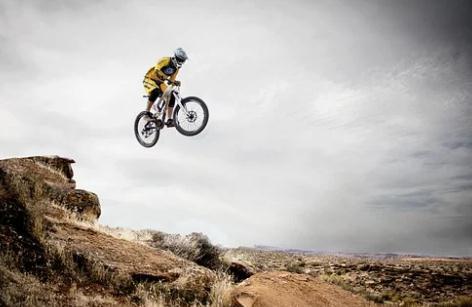 自行车开启热销与涨价,凤凰、永久业绩飘红