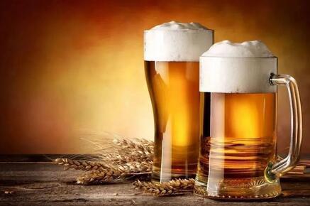 """量跌价升,啤酒行业高端化趋势明显,啤酒将会迎来""""第二春""""吗?"""