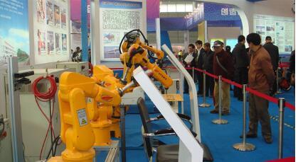 安徽智能装备制造已进入多个行业,工业机器人、数控机床、智能汽车等行业正在蓬勃发展
