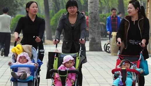 生育率降低怎么办,是否要让母亲们重返职场