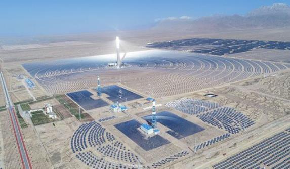 """""""双碳""""之路渐近 太阳能热发电发展提升 未来大有可为"""