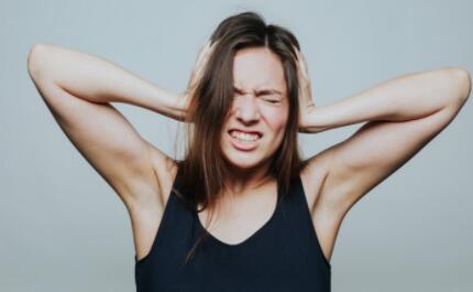 乳腺增生:生气的代名词,距离乳腺癌有多远