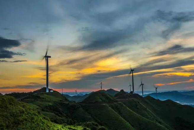 三峡能源即将上市,央企新能源上市公司竞争升级