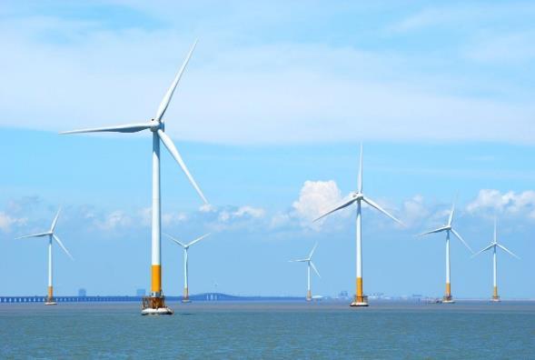 """韩国斥资2000亿启动超级浮式风电项目,浮式海上风电""""火起来""""了!"""