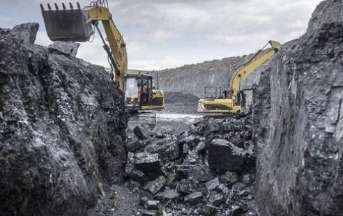 贵州兴达煤矿井下作业存在重大安全隐患,联合执法组责令停建整顿