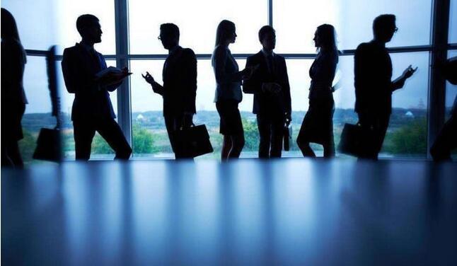 管理老员工的7个最简单的方法
