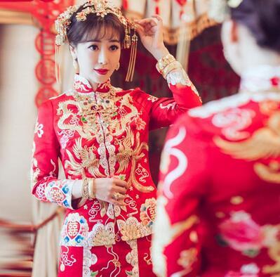 龙凤褂和秀禾服的区别,龙凤褂和秀禾服在选择的时候的注意事项
