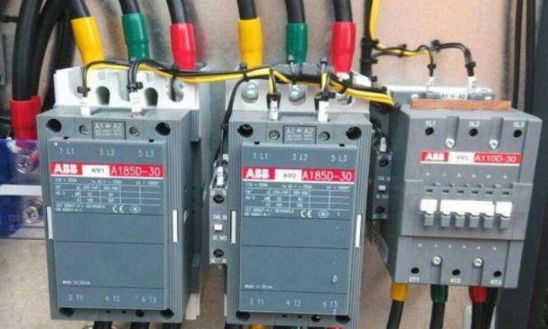 什么是交流电?直流电和交变电流的区别和定义