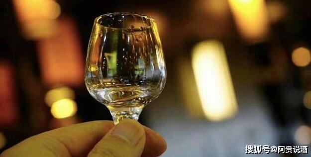 千亿资金涌入低度酒市场:成本一元起,大多数来自同一个酒厂