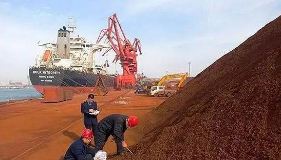 进口铁矿石涨价成为一把'双刃剑',将加速钢铁行业淘汰落后产能