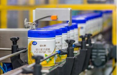 飞鹤奶粉加码研发投入,科技推动降本提效,消费升级推动奶粉高端化