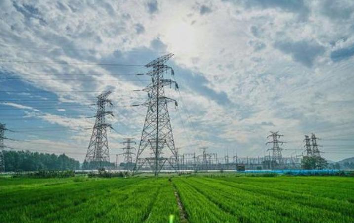 """國家電網馮凱:""""一體四翼""""發展布局的背景和意義,及電網發展面臨的機遇與挑戰"""