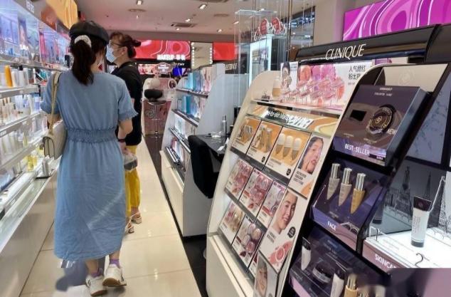 国产美妆品牌线下产品悄然涨价,化妆品促销旺季为啥闹涨价
