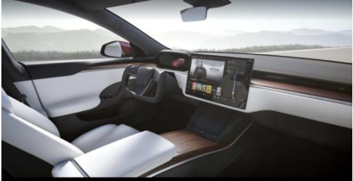 深度体验特斯拉新Model S:游戏体验翻车,方向盘让人又爱又恨