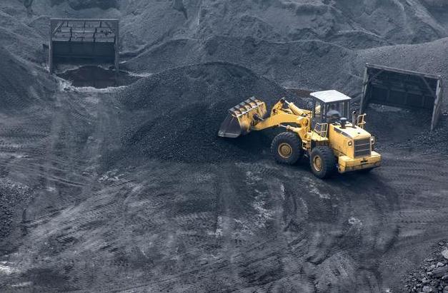 煤炭需求仍旺盛,供需基本面仍需调整