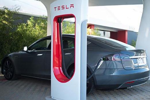 特斯拉超级充电站数量超840座,充电网络背后是能源结构变革