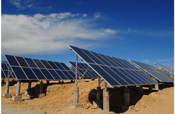 关于碳中和光伏发电并网技术介绍及发展趋势