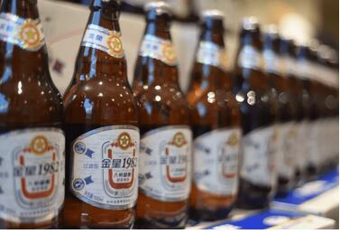 """啤酒配牛肉!金星啤酒张铁山跨界养牛,寻找不可能的""""可能"""""""