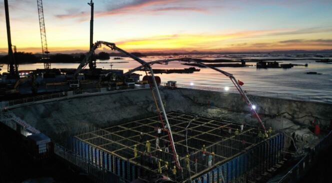 广西第一跨海大桥--龙门大桥主体工程取得突破性进展