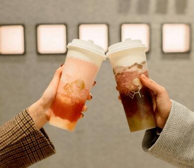 奶茶正走向新式茶饮时代,新茶饮搭上时代快车,进入相对成熟期