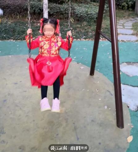 杭州電瓶車燒傷女孩或終生插管【事故發生經過】
