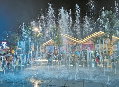 """探访广西""""夜游经济""""发展的五个典范,烟火气是城乡消费最美的风景"""