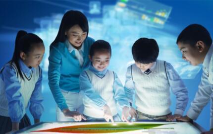"""硬件能撑起教育公司的未来吗?教育行业疑似回到了""""步步高时代"""""""