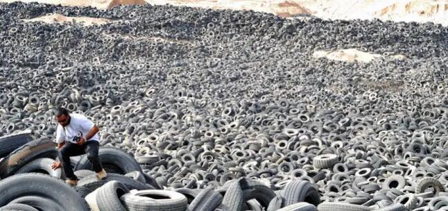 科威特全球最大的廢棄輪胎垃圾場著火,或導致全球生態災難