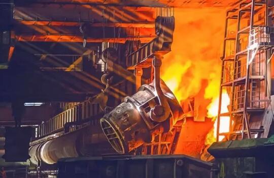我国钢铁需求面临下行风险?专家:钢企或在碳交易中获益