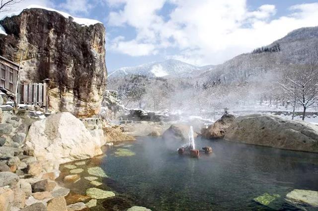 """兩千年前的""""肥宅快樂水""""——天然氣泡水是怎么來的?"""