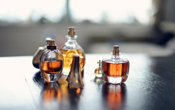 國產小眾香水是如何出圈的?我國香水市場迎來發展新時機