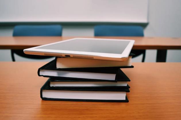 教培公司向進校業務轉型求生,但這并非是一片藍海市場