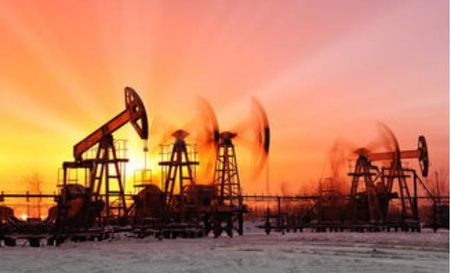 """关于""""十四五""""期间国际原油市场分析与预测"""