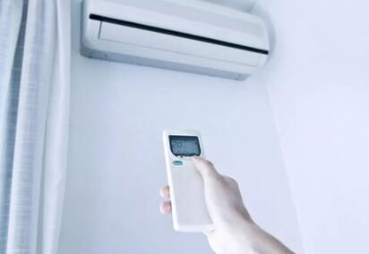 空调怎么清洗?一文了解清洗空调的注意事项
