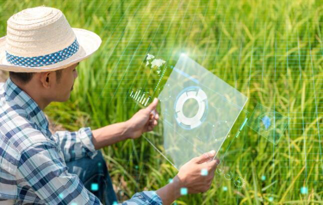 """农民需要怎样的互联网助农?互联网企业对解决""""三农问题""""有什么贡献"""