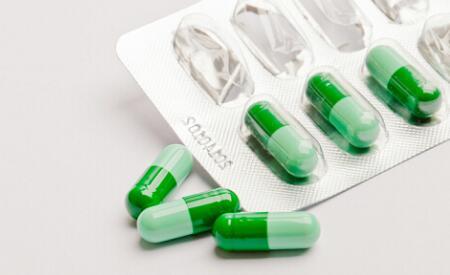 中国抗抑郁药行业市场规模与在研动向分析