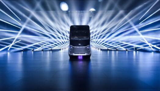 百度杀入无人驾驶干线物流,发布智能新能源重卡