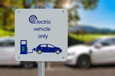 """欧洲电动汽车市场迎来新一轮爆发,但电动化进程仍""""道阻且长"""""""