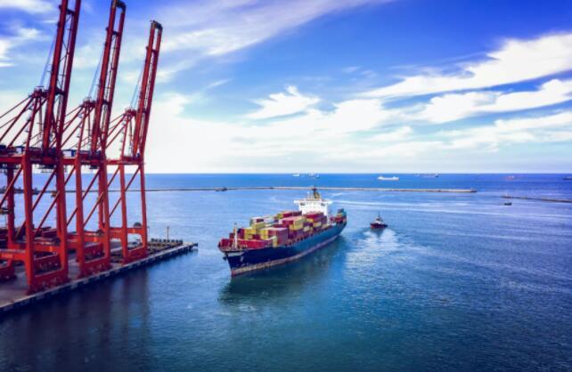 全球海運價格漲勢不停,中國赴美集裝箱運價暴漲10倍