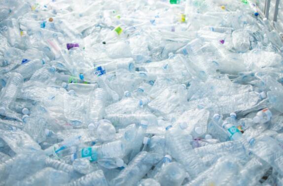 微塑料危機正在蔓延,微塑料污染危害何在?傷害性還未可知