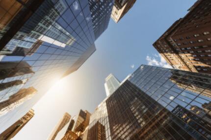 """房地产""""新常态""""下的机遇与风险及产业链投资机会分析"""