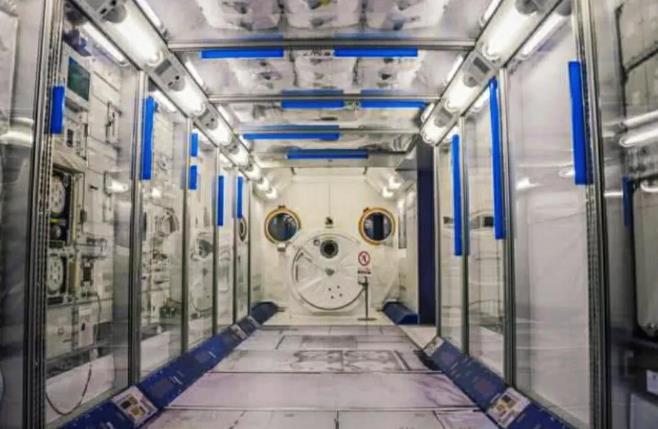 空间站为何不缺氧?如何制造氧气消除二氧化碳呢