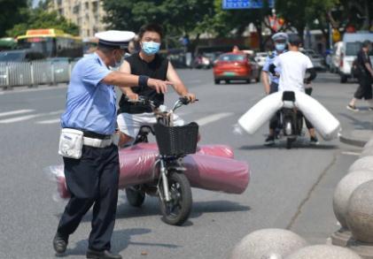 《广东省电动自行车管理条例》即将出炉,网络登记上牌、充电、年龄限制